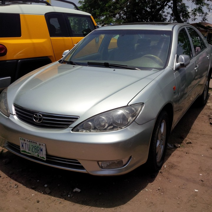 pictures of toyota camrys for sale in nigeria including 2000 2014 models. Black Bedroom Furniture Sets. Home Design Ideas